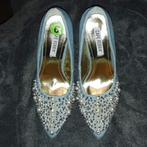 BRAND NEW CAPE ROBBIN DENIM AND PEARL HEELS SIZE 6